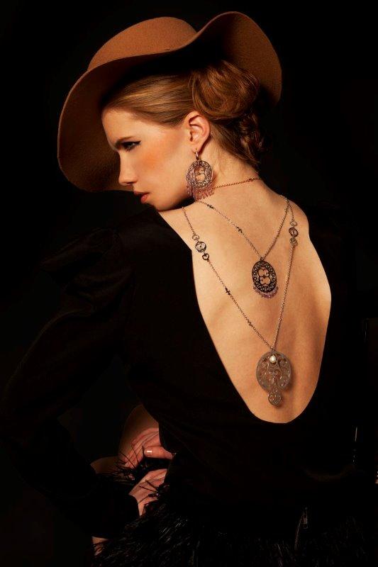Beauty gallery/manuelagerotticom_5ccefafc31918_ELENA_C__Copy_.jpg