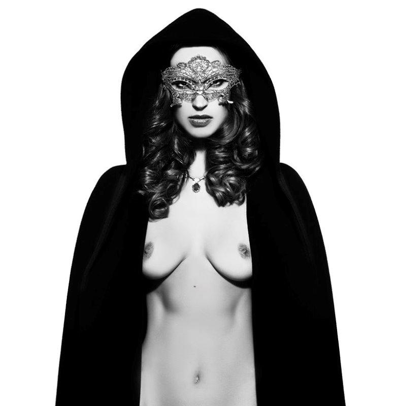 Maria Callas gallery/manuelagerotticom_5cd2809a90cd5_2__Copy___2_.jpg